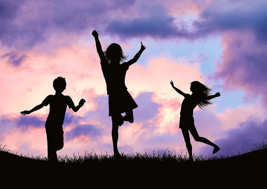 #DanceOn: Dad Shuts Down Bullies, Embraces Dance